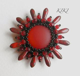 KIKI Beads: Red flower pendant