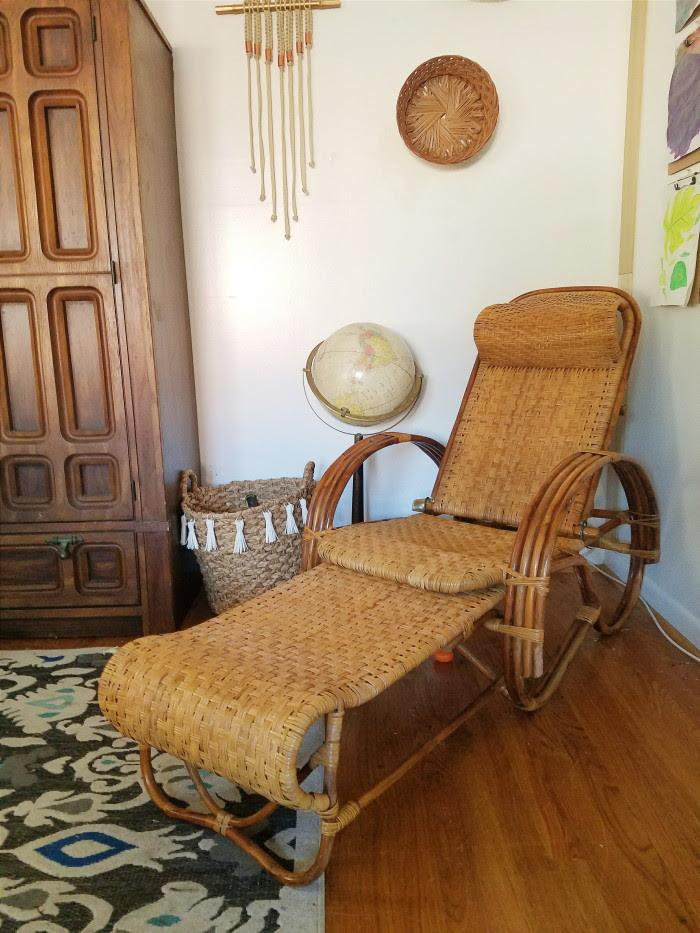 Vintage rattan lounger