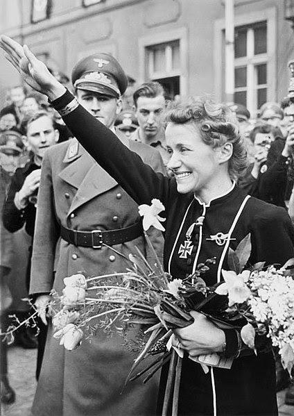 File:Bundesarchiv Bild 183-B02092, Hanna Reitsch.jpg