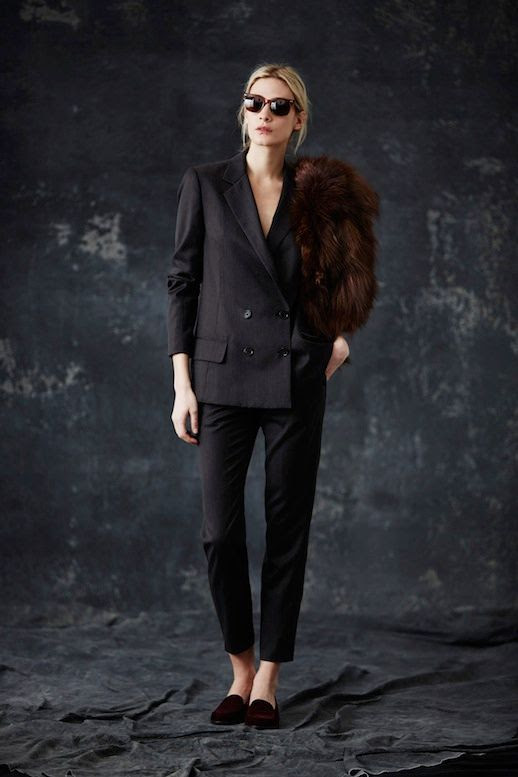 LE FASHION BLOG JENNI KAYNE FW 2014 COLLECTION 1930S MODERN ENGLISH COUNTRYSIDE BURGUNDY SUNGLASSES BLACK CROPPED PANT SUIT FUR STOLE ON SHOULDER BURGUNDY LOAFERS SLIPPERS EFFORTLESS CHIGNON LOW BUN NATURAL BEAUTY 2 photo LEFASHIONBLOGJENNIKAYNEFW20142.jpg
