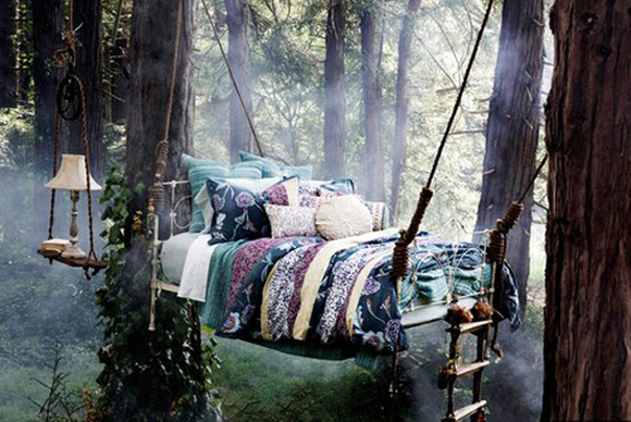 Post image for 7 Enchanted Beds Fit For A Fairytale