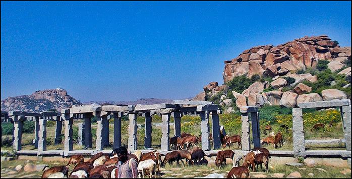 Руины Хампи/3673959_2 (700x355, 200Kb)