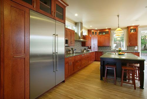 Shaker Style Kitchen Cabinets Best Applied in Renovation