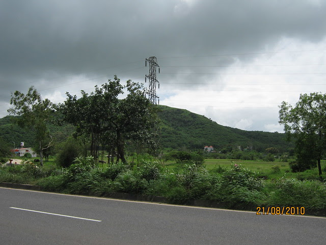 View from Naiknavare Lakeshore Residency, at Talegaon, on Old Mumbai Pune Highway (NH4)