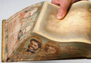 El libro con arte escondido en el canto1