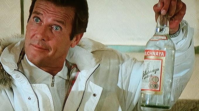 A história por trás da icônica marca de vodka Stolichnaya