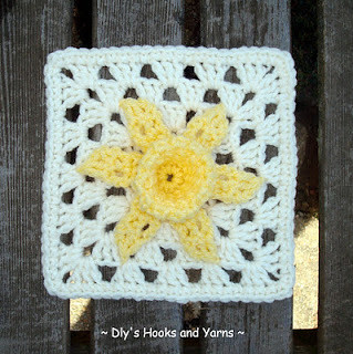 Debi's Daffodil Square