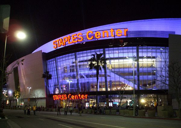 One last photo of STAPLES Center before heading back to the car...on January 28, 2016.