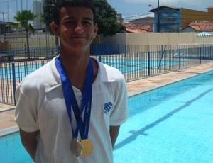 Potiguar Lucas Maciel comemora medalha de ouro nas Olimpíadas Escolares (Foto: Cedida)