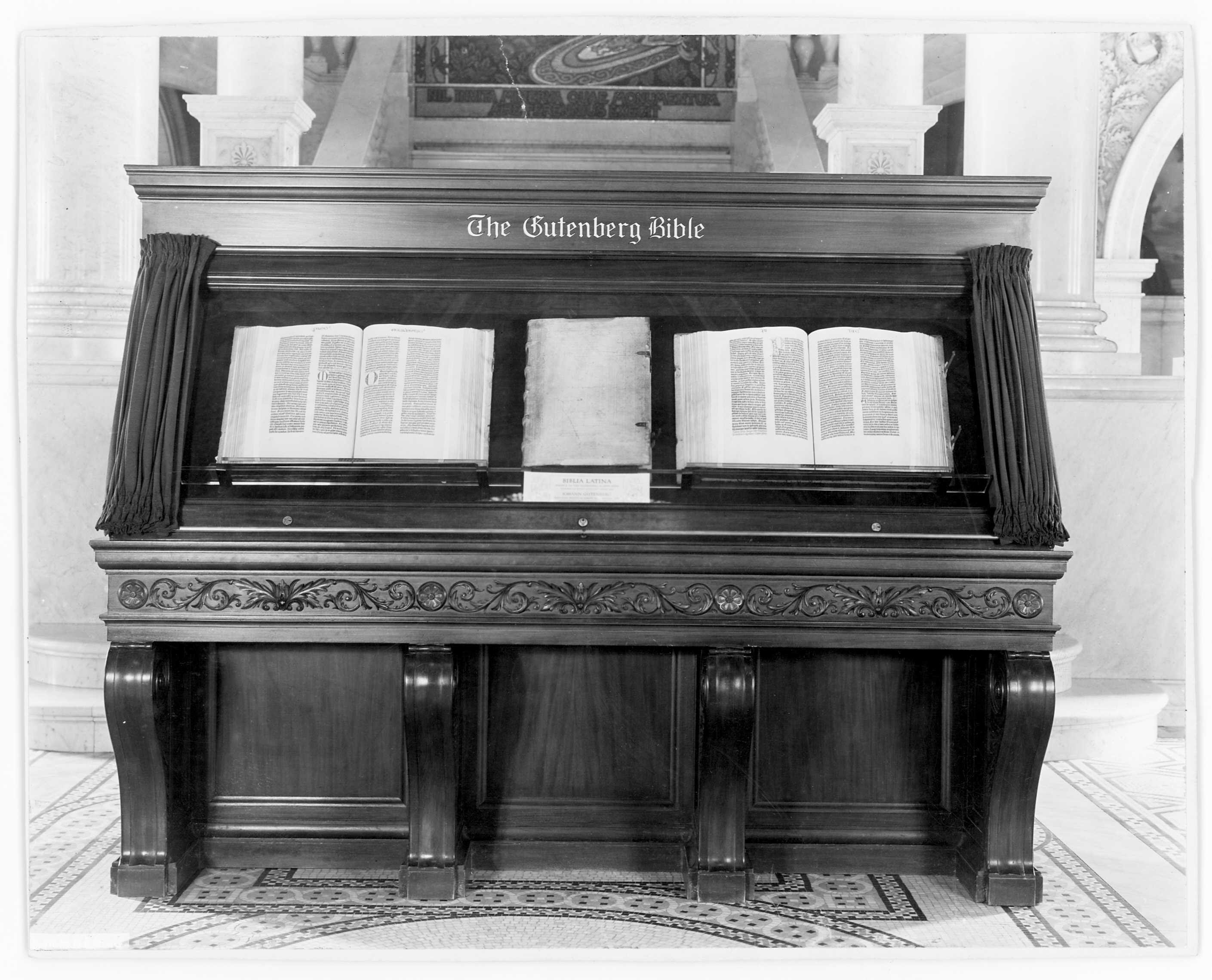 Gutenberg's Bible, Library of Congress.