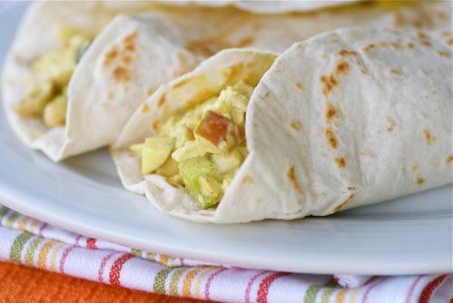 leftover thanksgiving curried turkey salad wrap DSC_0016