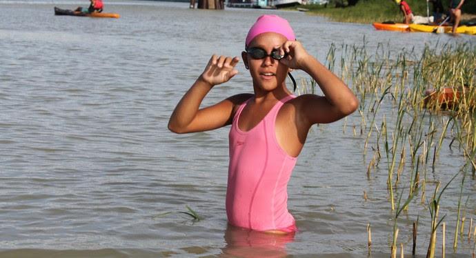 Rafaela Augusta, talento da natação do Vale do São Francisco (Foto: Magda Lomeu)