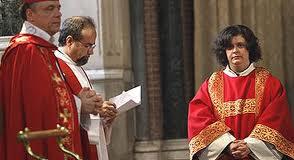 mujer sacerdote