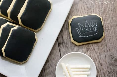 Chalkboard cookies with edible chalk   Ashlee Marie