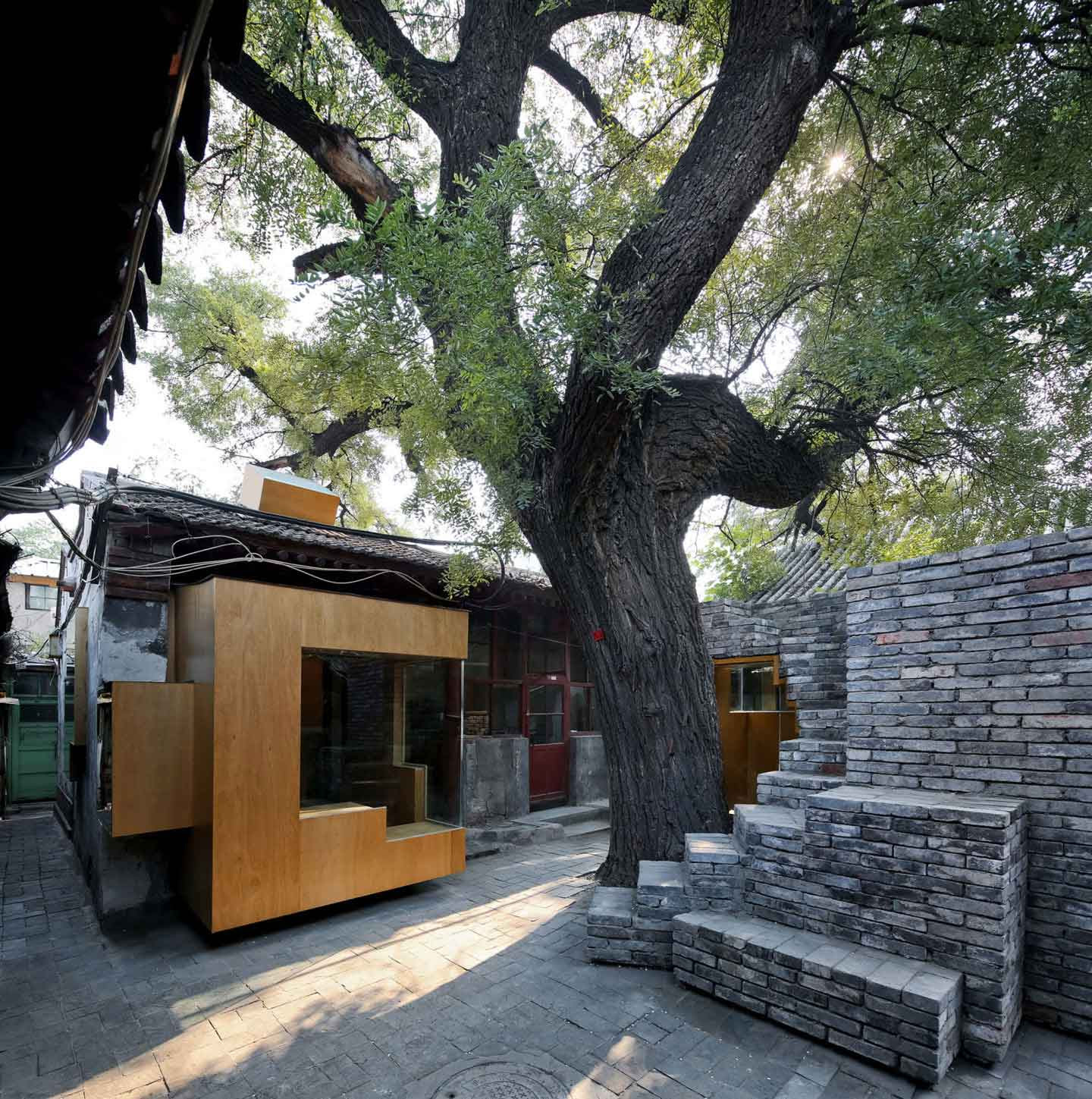 Micro-Housing: Hutong Experiments by Standardarchitecture. Photo by Chen Su | Yellowtrace