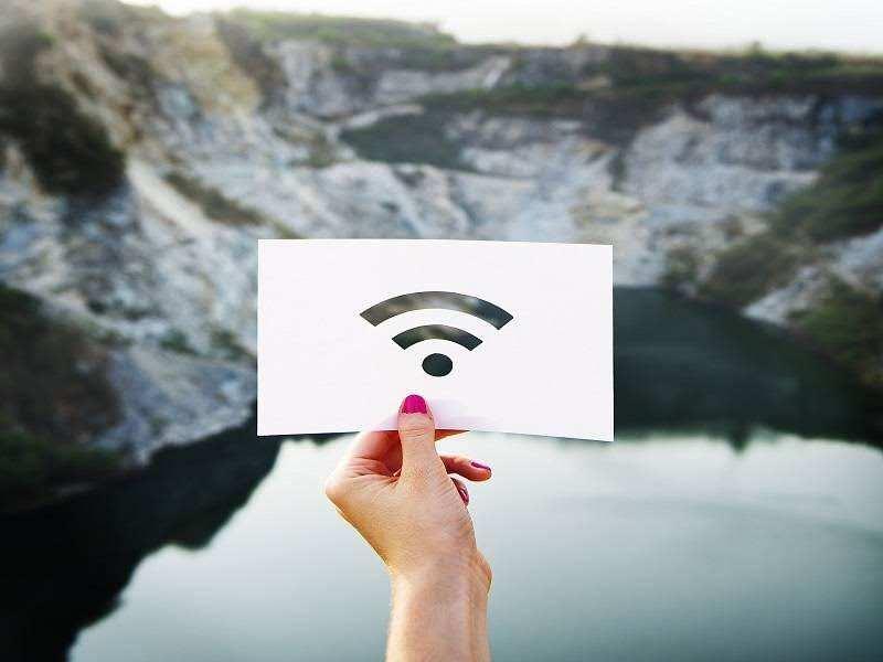 Auto-enable Wi-Fi