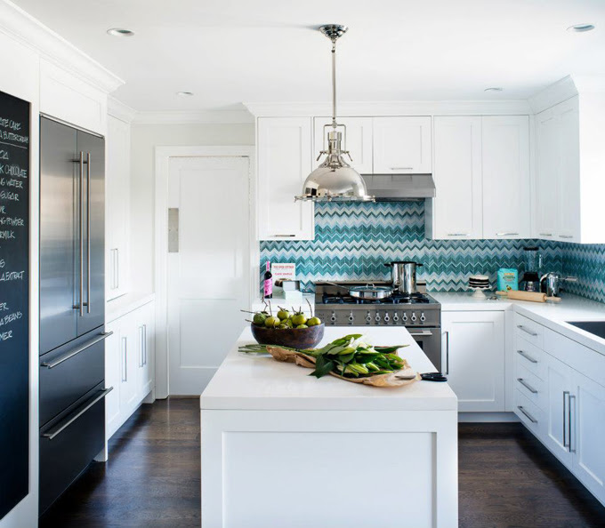 white kitchn backsplash ideas