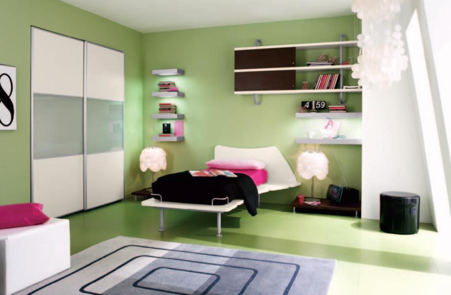 Bedroom: Green Walling Unit Idea Applied In Youth Bedroom ...