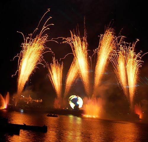 Disney Fireworks - 06.01.09 (34 of 58)
