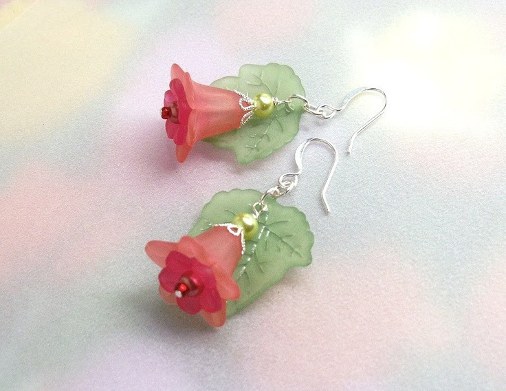 Dangle coral flower earrings lucite flowers by fivepetalsandpearls, $15.00