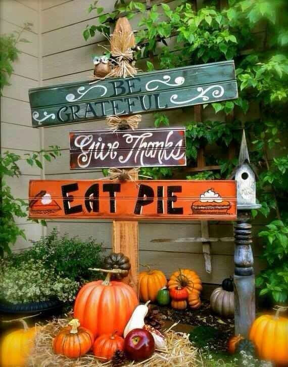 A cute Thanksgiving decoration