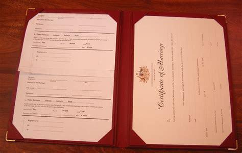 Register folders   marriage