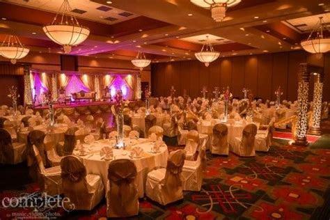 Nashville Tennessee Gold Indian Wedding Reception   2