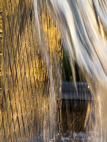 Downey Landing fountain
