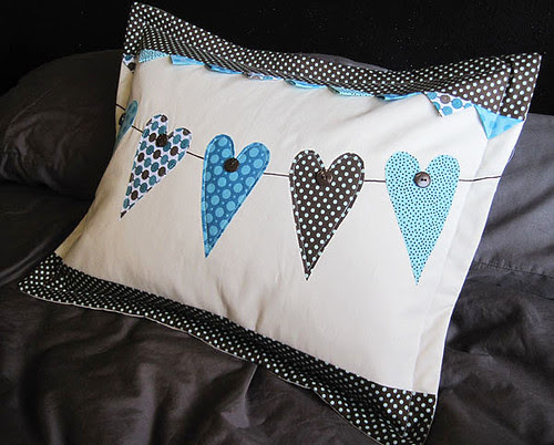 val12pillow-5
