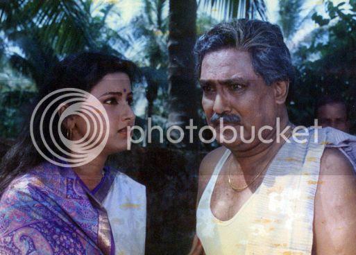 Still from Sakala Tirtha To Charane featuring Rachana & Debu Bose