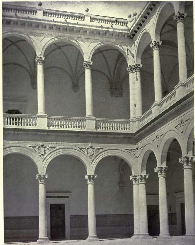 Patio del Alcázar. Fotografía de Austin Whittlesey a comienzos del siglo XX. © University of Toronto