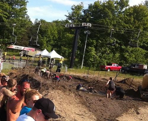 Knee Torture (AKA Muddy Mayhem) Warrior Dash Ontario