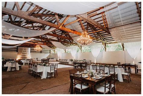 Sunset Ranch Wedding Photographer // Hawaii Wedding