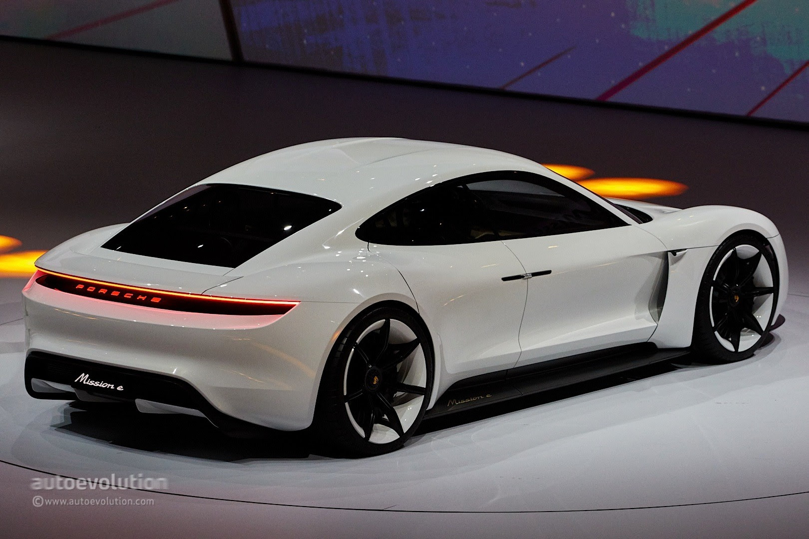 Porsche Mission E Gets Production Green Light, Coming by 2020 ...