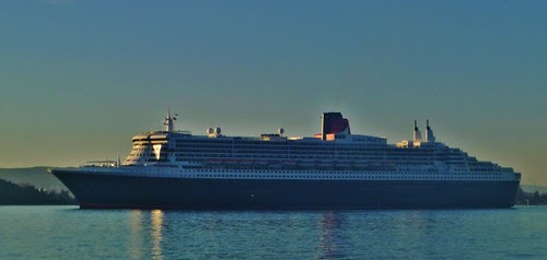 RMS Queen Mary 2 by ausfi