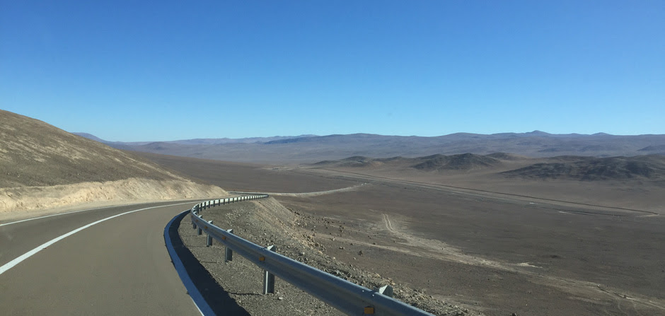 desert road to Paranal