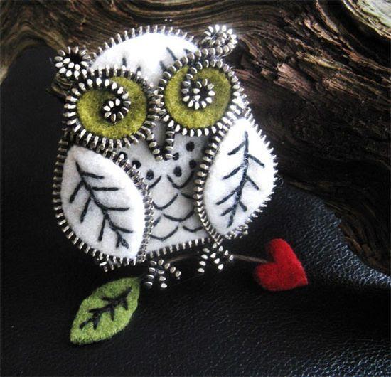 Zipper and felt owl