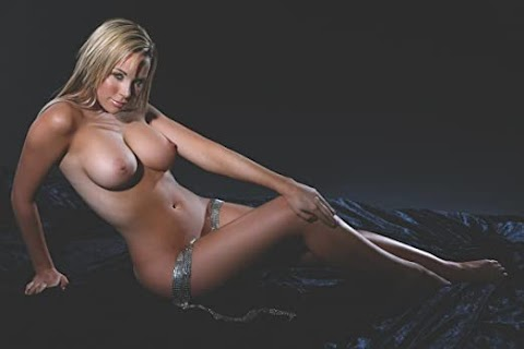 Emily Scott Nude Pics (@Tumblr) | Top 12 Hottest