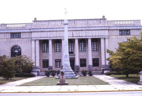 Lee-County-Courthouse