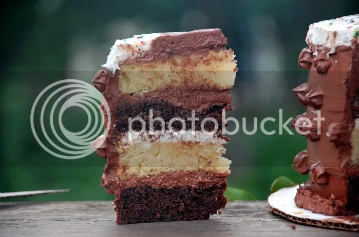 King Arthur Birthday Cake Recipe: Life In A Peanut Shell: KING ARTHUR'S CHOCO-NILLA CAKE