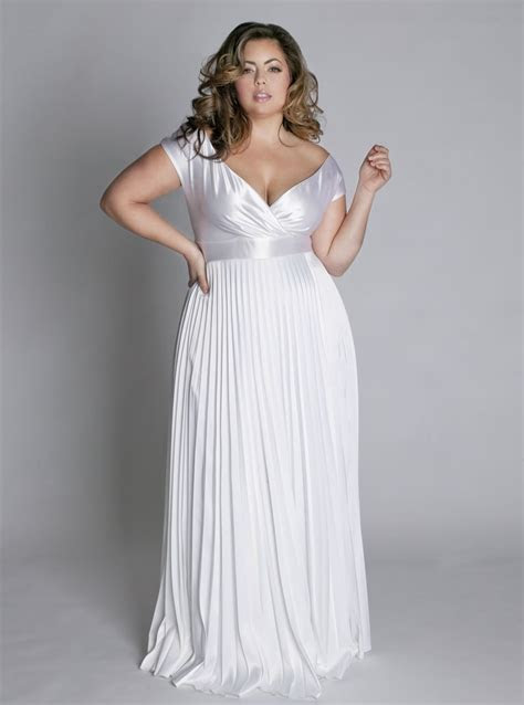 Gowns for Fat Lady Picts   Fashion Belief