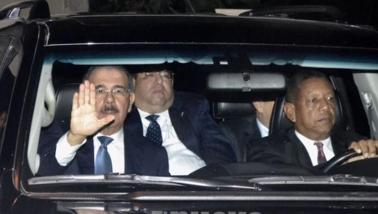 El presidente Danilo Medina ya llegó a la reunión del Comité Político del PLD
