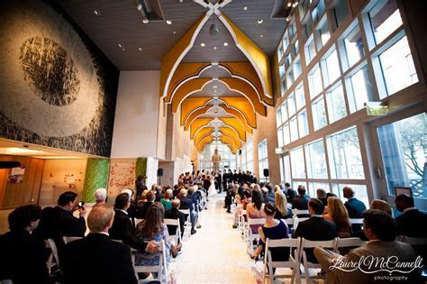 Stellar Seattle Art Museum Wedding. » Laurel McConnell
