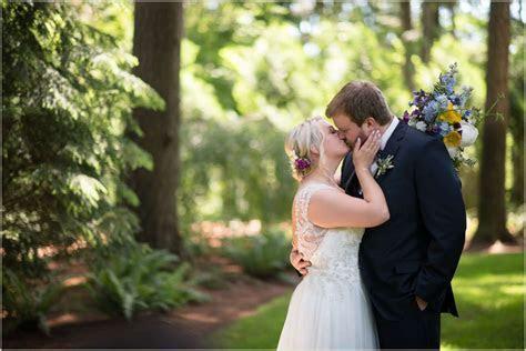 Evergreen Gardens Wedding   Seattle Wedding Photographers