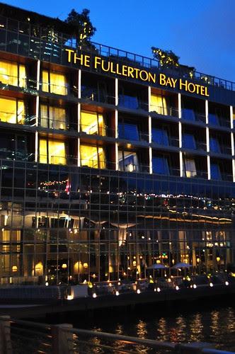 night view fullerton bay hotel