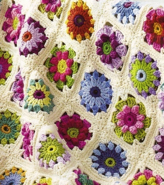 Granny square afghan pattern - Learn how to crochet