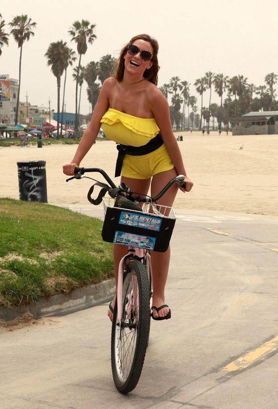jordan_carver_bikegirls_boobs_big_tits_bicycle_sexy_ride 4.jpg