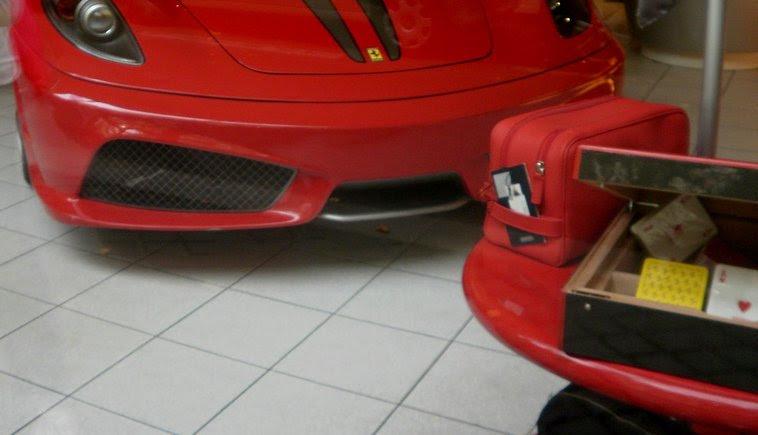 Ferrari Shop Paris