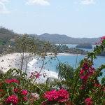 Vista de Playa Flamingo desde la colina