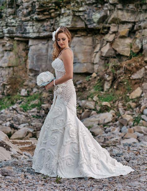 Wedding Contest 2016 Toilet Paper Wedding Dress